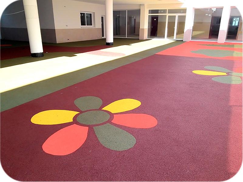 Pavimento_Parque-Infantil-Compopark-insitu-Impercanal
